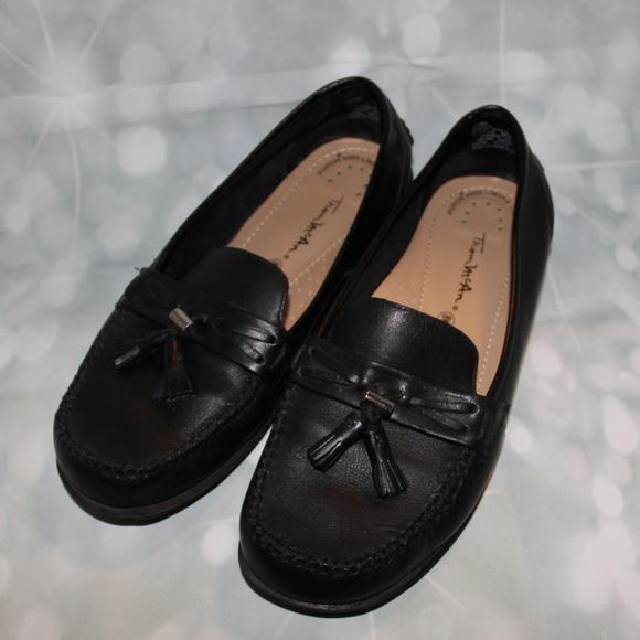95083c767ff Thom McAn Black Loafers tassel size 8w. M 5bdc9b10194dadeda2e438f1